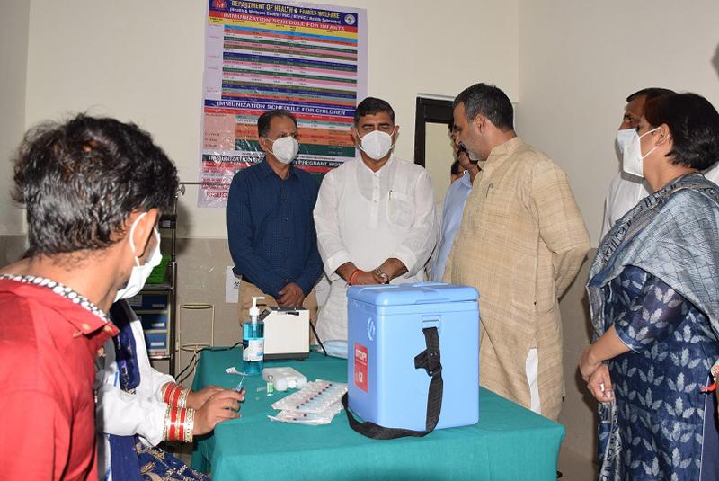 Union MoS Dr Sanjeev Kumar Balyan during visit to PHC Utterbehni on Wednesday.