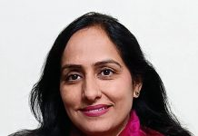 Excelsior Correspondent JAMMU, Oct 17: Dr Pinki Pargal, daughter of the soil, has been promoted as Head of the Department (HoD) of Plastic Surgery in CMC Ludhiana. Dr Pinki Pargal daughter of Chaman Lal Pargal of Gandhi Nagar did her MBBS and MS (Surgery) from GMC Jammu. She did her M.Ch (Plastic Surgery) from CMC Ludhiana and after completing her course joined there as Assistant Professor. Recently, she was promoted as Professor in the Department of Plastic Surgery. Now she has been promoted as HoD Plastic Surgery in CMC Ludhiana. Dr Pinki has expertise in microvascular surgeries, burns, cosmetic surgery, congenital anomalies like cleft lip & cleft palate patients, craniofacial injuries, hand injuries & trauma head & neck. It is pertinent to mention that very few institutions have the capability to treat such conditions and Christian Medical College & Hospital is pioneer in microvascular surgeries.