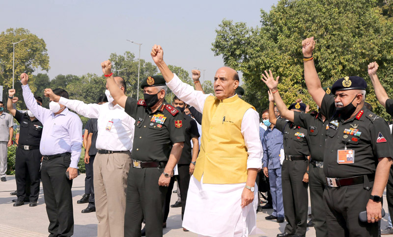 Defence Minister Rajnath Singh flagging-off 'India @75 BRO Motorcycle Expedition' at an event organised by Border Roads Organisation in New Delhi on Thursday. (UNI)